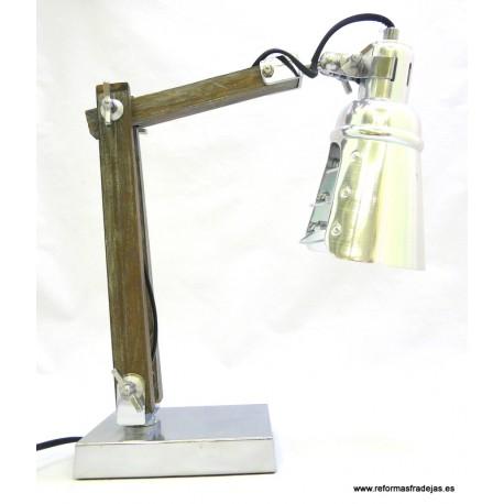 Lámpara madera y metal brillo